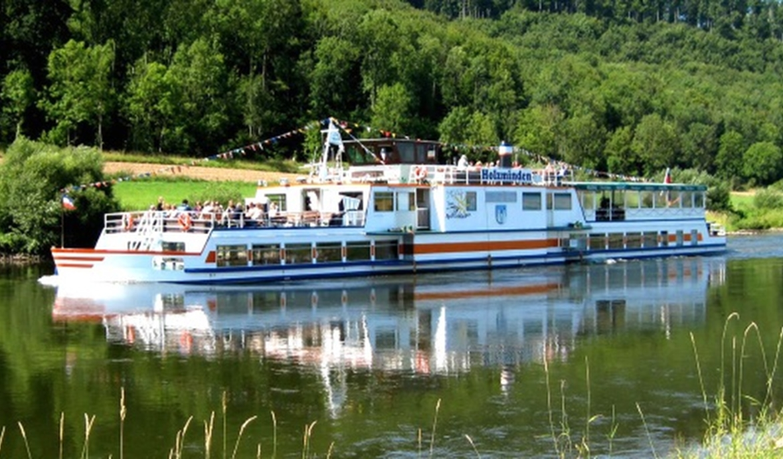 Flotte Weser Bei Emmerthal Teaser