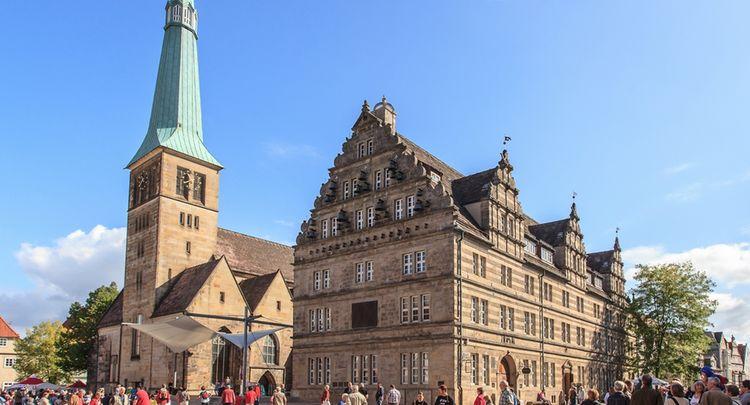 Hameln Hochzeitshaus Und Marktkirche 1