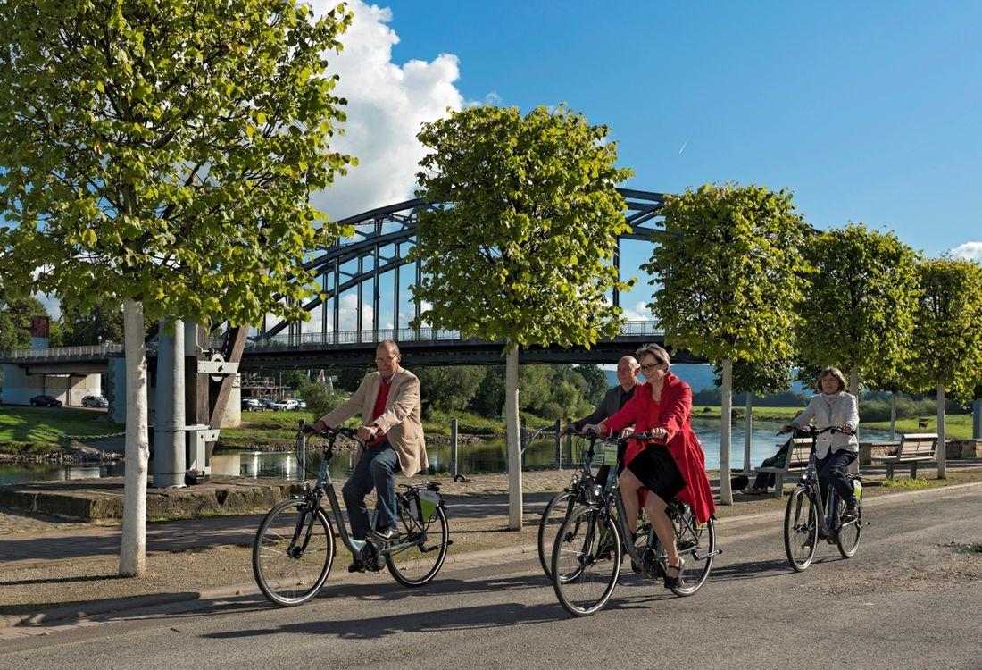 Radfahren Rinteln Weserbruecke